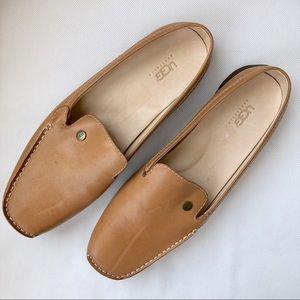 NWOT Ugg Tan Leather Loafer Flats